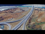 Самая красивая скоростная магистраль Тибета – дорога Лхаса-Ньингчи протяженностью 409 километров
