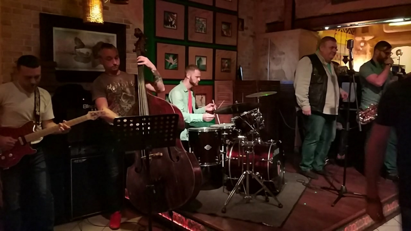 Jam Session и Яков Головко на сцене 7 пятниц.