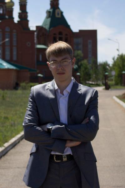 Дмитрий Коновалов
