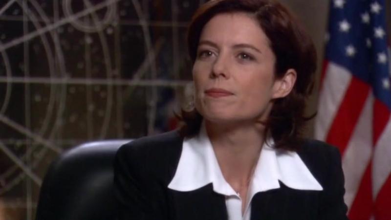 Звездные врата: Первый отряд  1-2 серия 8 сезона  Элизабет Вейр 13 сцена