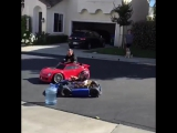 This five year old girl is a drifter amazing 🚘👊
