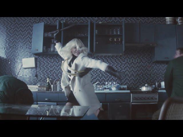 Взрывная блондинка - Клип