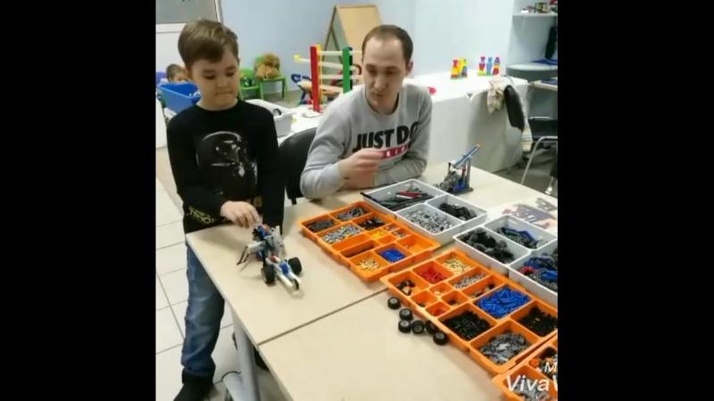 🔧Модели из Лего конструктора юных инженеров из Учебного центра ЕМС. красноярск робототехникадлядетей россия дети дополнит