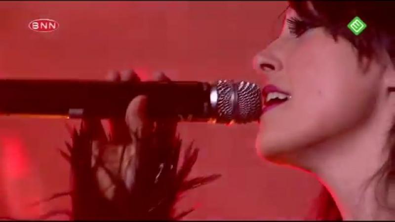 HD Armin Van Buuren ft. Sharon Den Adel - In and out of love live in Utrecht