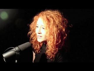 Рыжая красавица janet devlin спела песню jolene - dolly parton ( cover)