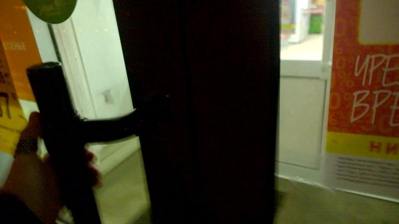 Как в Москве работает магазин Дикси! Самовольно закрывают Летчика Бабушкина 37 к 1