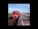 ЗА СЕКУНДУ ДО. 11 случаев удивительного спасения людей из под поезда в последнюю