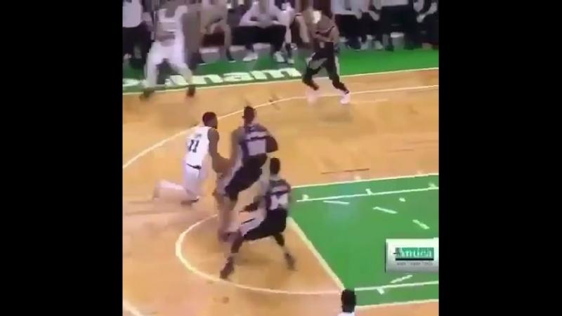 Basketball Vine 401
