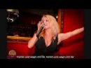 Julia Lindholm - Komm und wag's mit mir (Take A Chance On Me) Ondertiteld