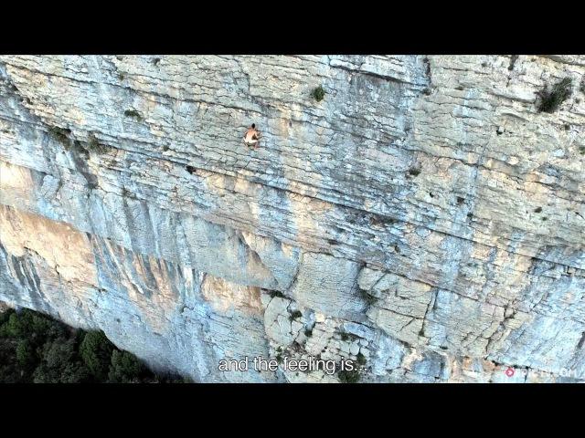 No Rope, No Chalk...No Clothes - The Purest Form Of Climbing? | EpicTV Fresh Catch