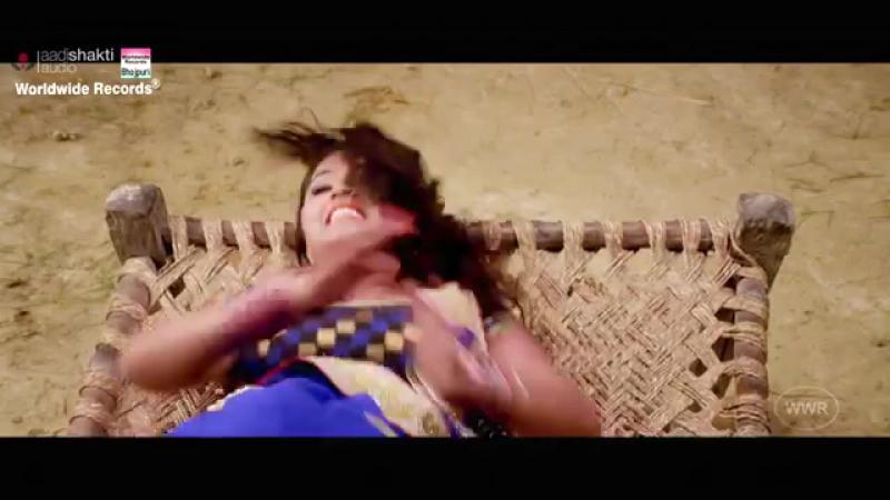 Скачать SUPER HIT SONG Chhalakata Hamro Jawaniya FULL SONG Pawan Singh Kajal Raghwani mp3 Бесплатно.mp4