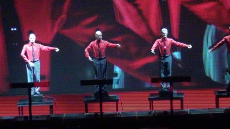 Kraftwerk песня The Robots отрывок