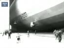 История авиации. Гигант - дирижабль Цеппелин с пассажирами в небе над Берлином,