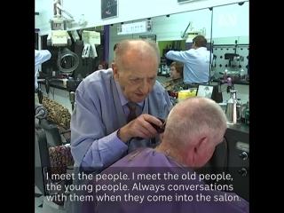 Самый старый парикмахер