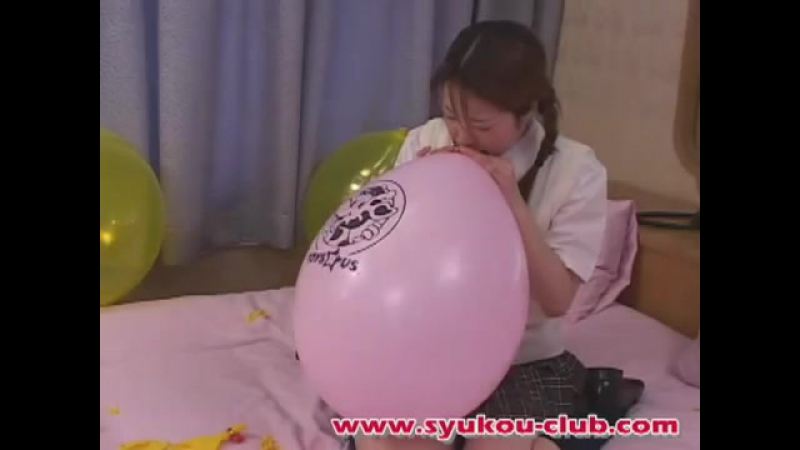 Sexy girl balloon fetish BTP B2p Blow to pop 360p