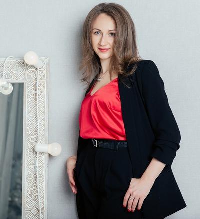 Анна Суворова