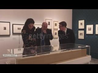 Кэтрин посетила выставку