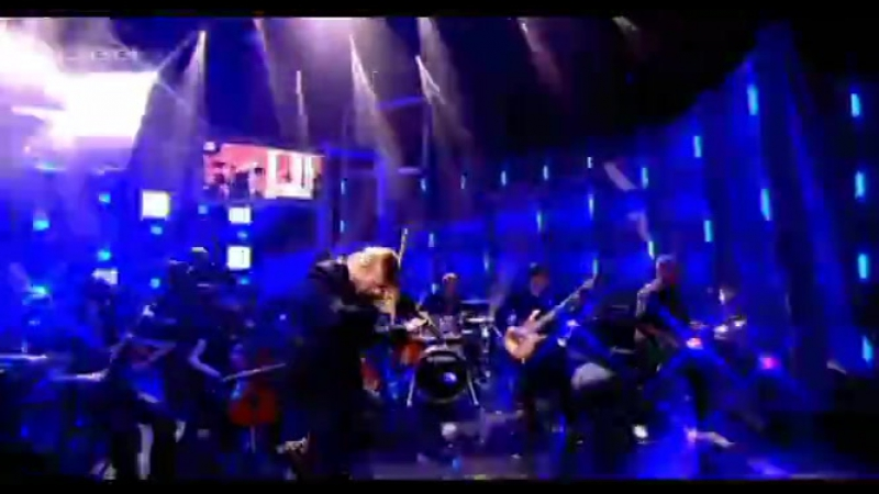 12.11.2010-Ultimative Chartshow/ RTL / Smells Like Teen Spirit