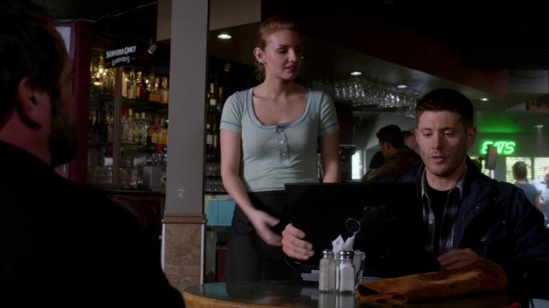 Supernatural |9х23| Кроули и Дин в кафе