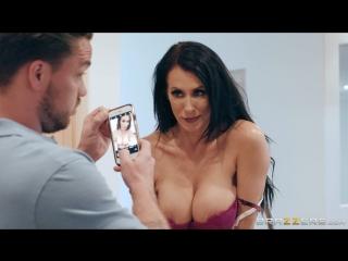 Reagan Foxx (Sending Stepmom's Nudes)[2018, Big Tits Worship,Cheating,Couples Fantasies, 1080p]