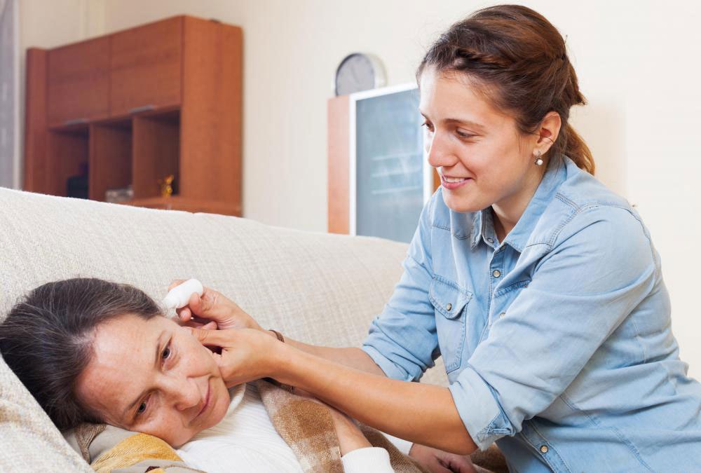 Некоторые ушные состояния можно быстро и эффективно лечить с помощью антибиотических ушных капель