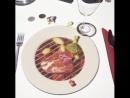Ресторан в Италии Развлекают клиентов пока готовится их заказ
