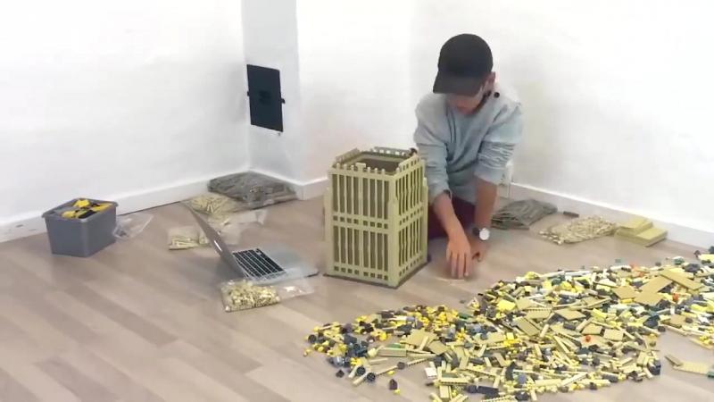 Биг Бен с 6000 кубиков Лего