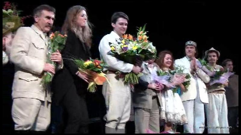 Поклон после премьеры Ревизора 26.11.2010 г.