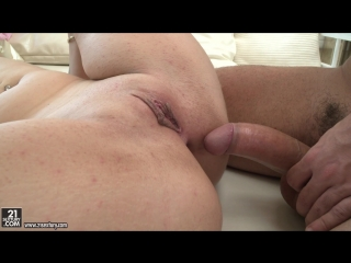 Loren Minardi (Italian Lover) anal porn