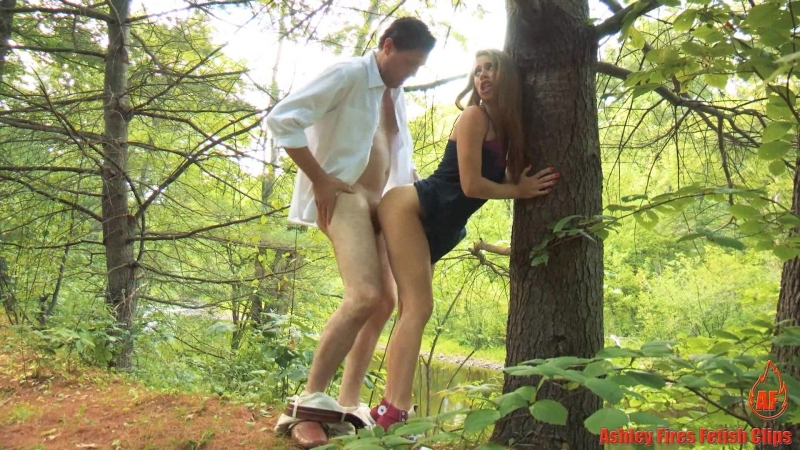 clips4sale Ashley Fires Family Picnic (part A)
