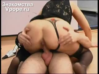 Sydney Moon – Сидни Мун – шаловливая индивидуалка с маленькими сиськами порно звезда