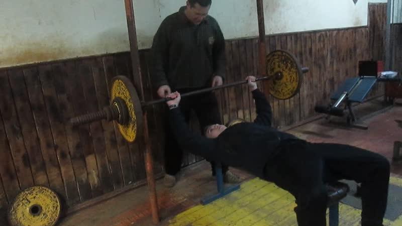 Иван Голдинов жим 72.5 кг