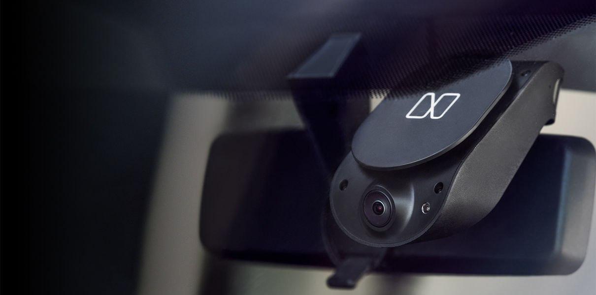 Компания Nauto выпустила устройство Prevent — чтобы водители не отвлекались от дороги