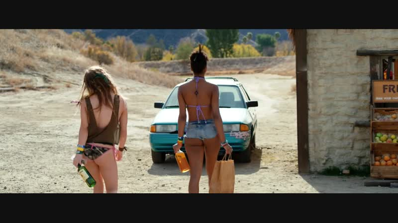 Cortney Palm, Cameron Richardson, Sydney Sweeney, Joi Liaye Nude Dead Ant (2017) HD 1080p Watch