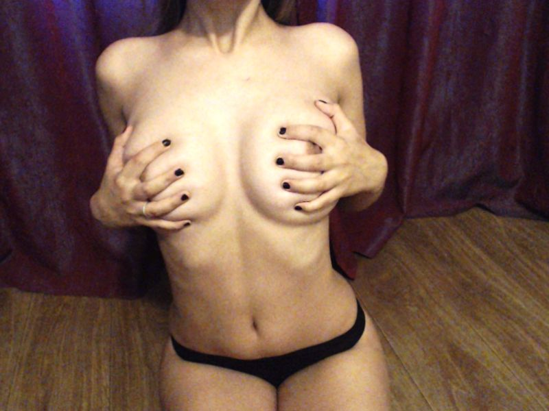 Busty brunette hentai babe is too horny