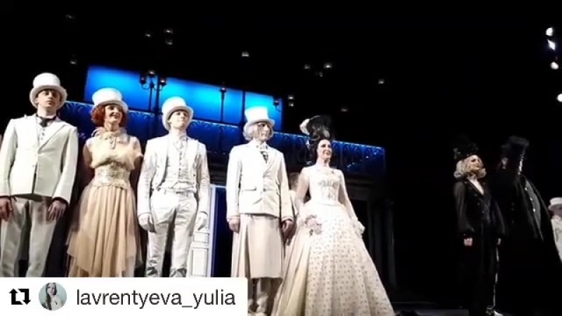 Спасибо за спектакль!! @sergey_zemlyanskiy ❤️@lavrentyeva_yulia 😘 Repost @lavrentyeva_yulia with @get_repost ・・・ Несчастная,