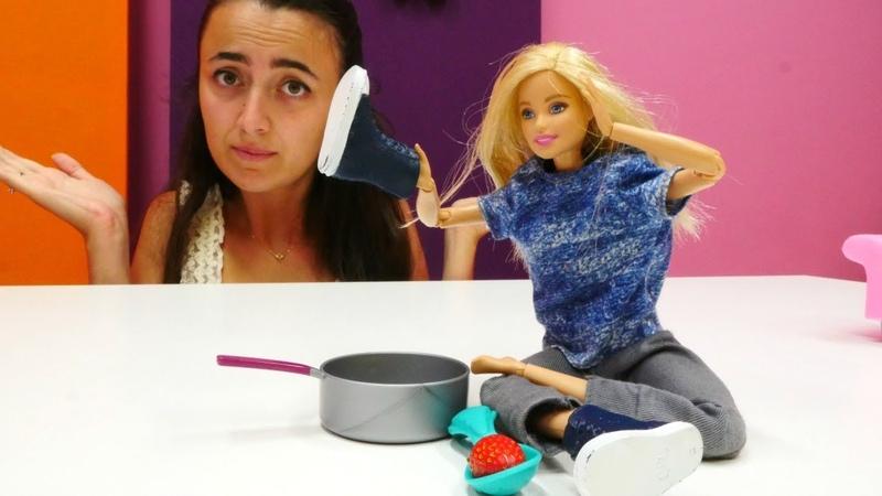 Barbie ve Sevcan oyun videoları Dc MC Stuffins Barbie'ye gözlük taktırıyor