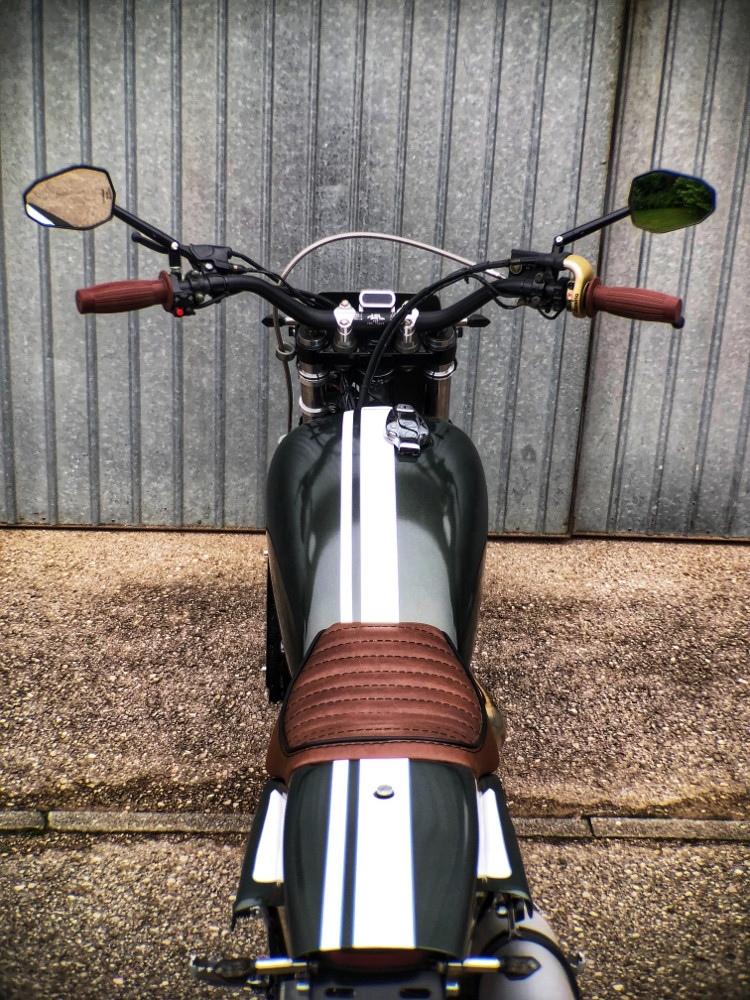 Андреас Созер:  трекер Suzuki DR800S