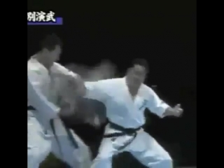 Тамешивари в Кёкусинкай карате. Подготовка бойца. http://vk.com/oyama_mas
