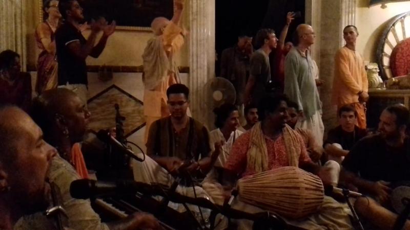 Madhava prabhu. 08.07.18. Firenze, Villa Vrandavana.