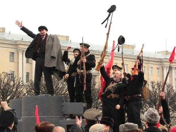 Как В.И. Ленина прогоняли с башни БТРа | «Разговорчики в строю!»