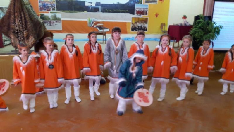 Танец нанайцев
