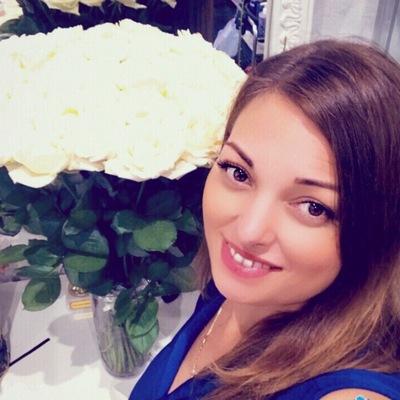 Алена Кузьмина