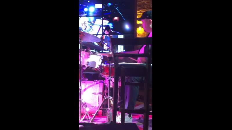 ROSARIO GIULIANI ( alto sax) , Асхат Сайфулин (контрабас ) , Герман Худяков (пиано ) , Владимир Грицай ( drums )