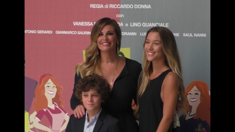 Vanessa Incontrada e Ludovica Coscione _ Conferenza Stampa Non dirlo al mio Capo 2