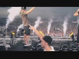Hardwell &amp Vinai ft. Cam Meekins - Out Of This Town