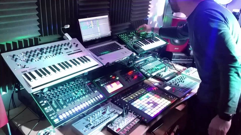Live AcidElectronica - Time - TB-03, Aira TB3, System 1, TR-8, Volca Bass, Ableton Live Push 2