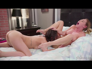 Carter Cruise, Alina Lopez (Babysitting Lesbians: Party Plans / 07.06.2018) [Girl on Girl, Natural Tits, Rim Job, Fingering, 69,