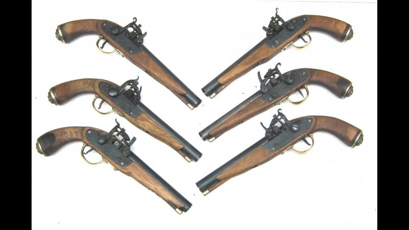 Шесть игровых (бутафорских) пистолей формата Вархаммер