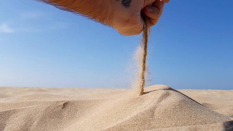 Как песок сквозь пальцы Хотя это и так песок 😐 прямо сквозь пальцы 😧 делаааа большое весеннее путешествие 2018